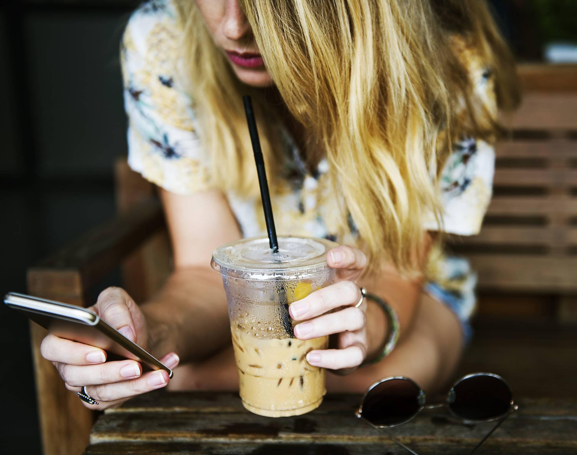 «É o sexting un risco para as/os adolescentes?»